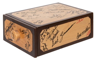 Abbott's Deluxe Drawer Box, Signed.